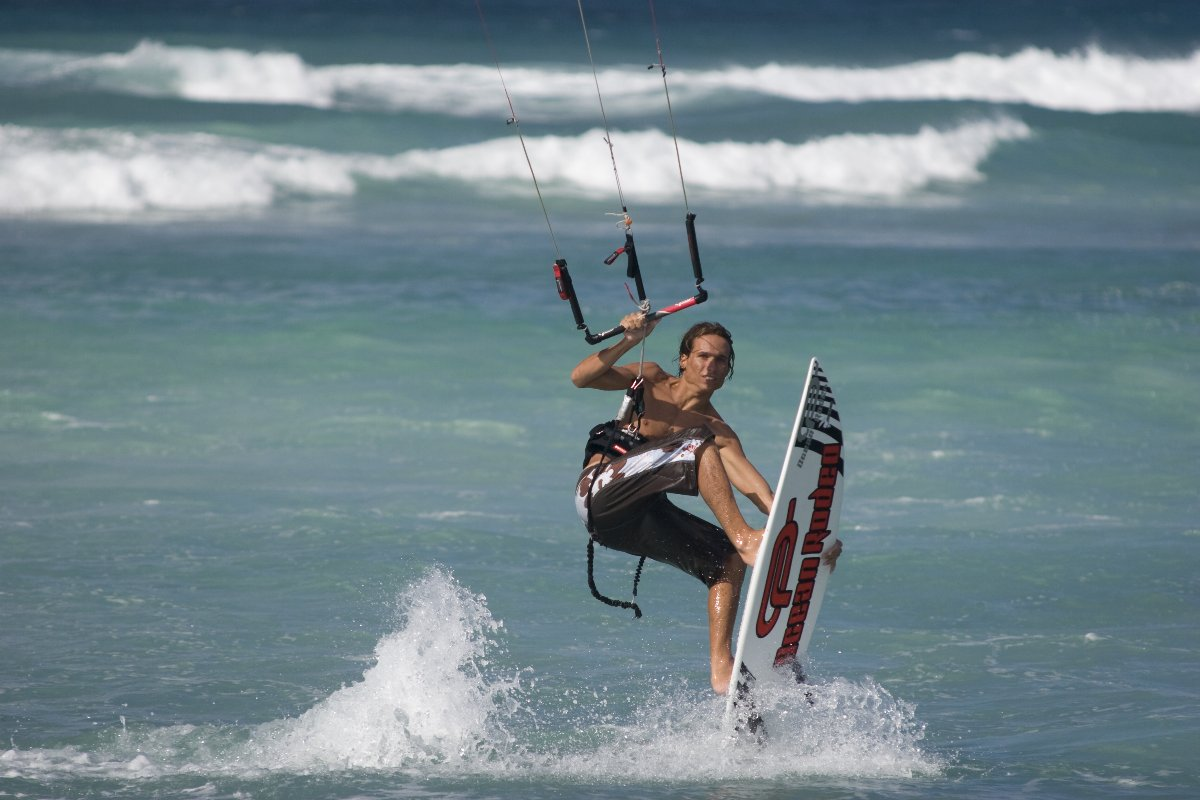jeremie tronet on mako surf ocean rodeo 2008.jpg