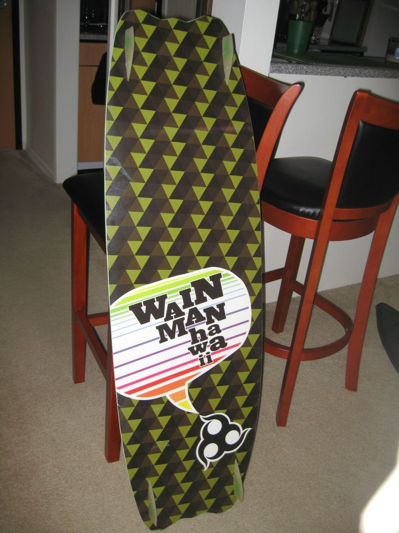 5'2'' surfboard and 130 twin tip 026.jpg