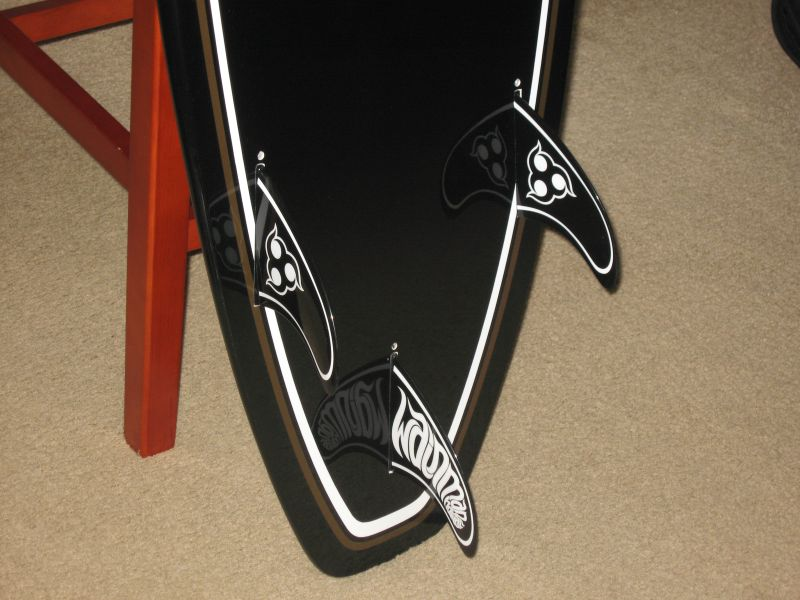 5'2'' surfboard and 130 twin tip 010.jpg