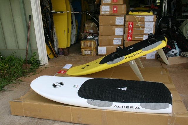 Aguera 2012 LE CR 69 available in White or Yellow.jpg