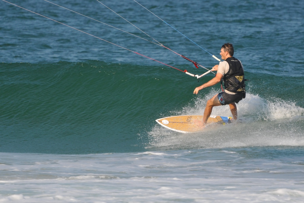 220 lbs kiter demoing the INFINITY v2 in ocean.jpg