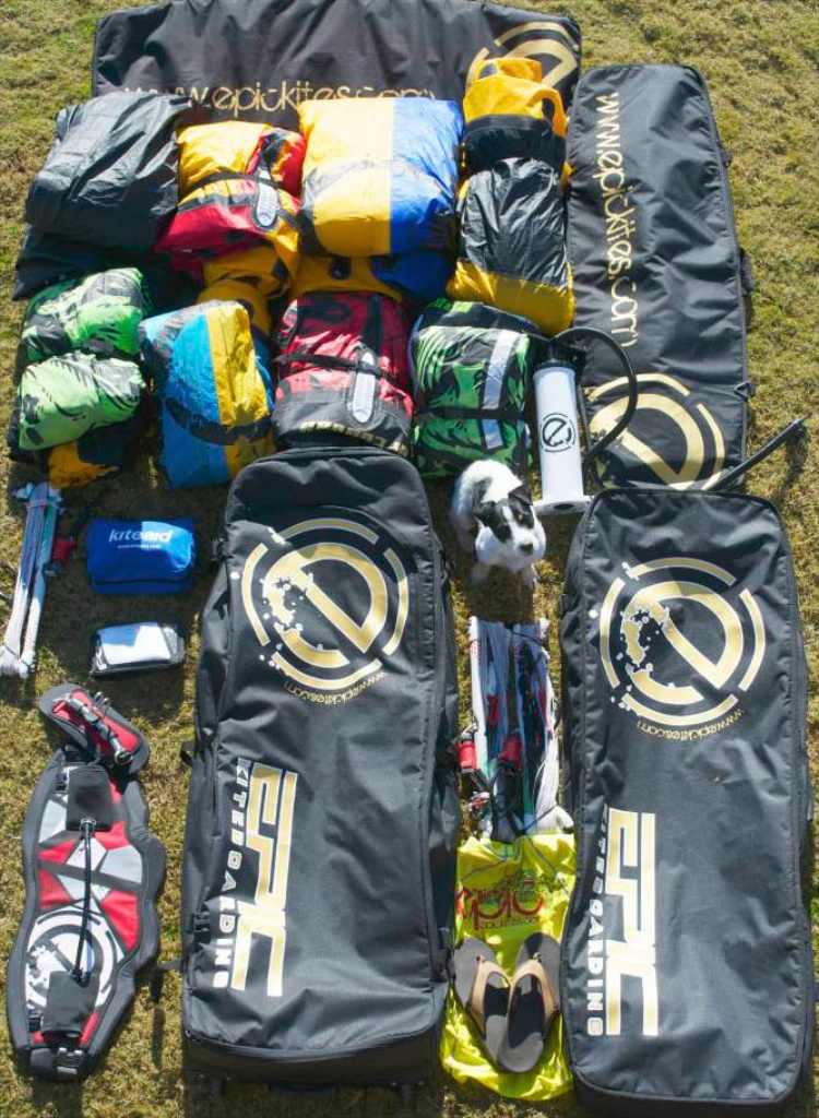 What fits in the EPIC GolfBag 1.jpg