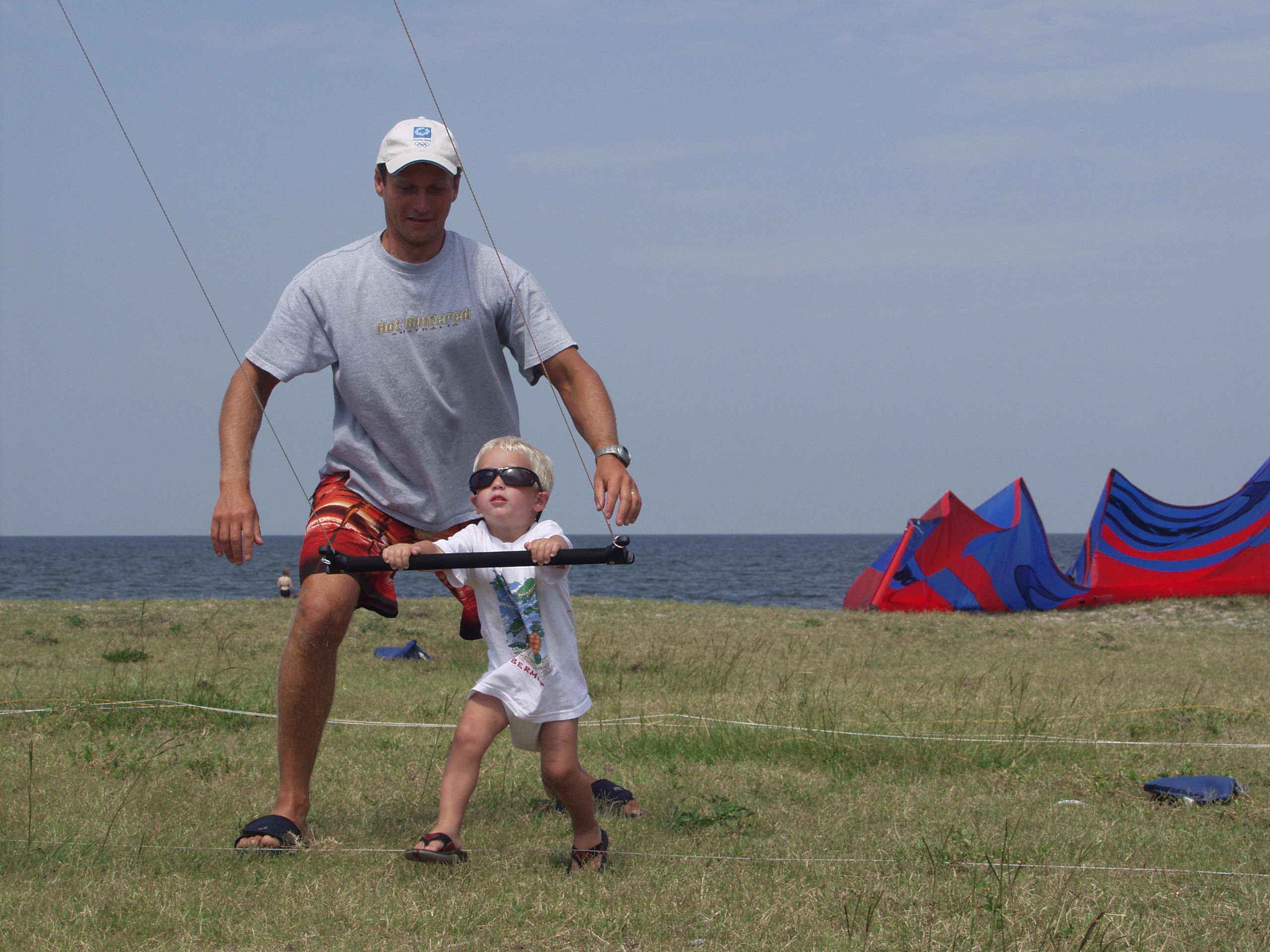Cameron geting pulled by Trainer kite.jpg