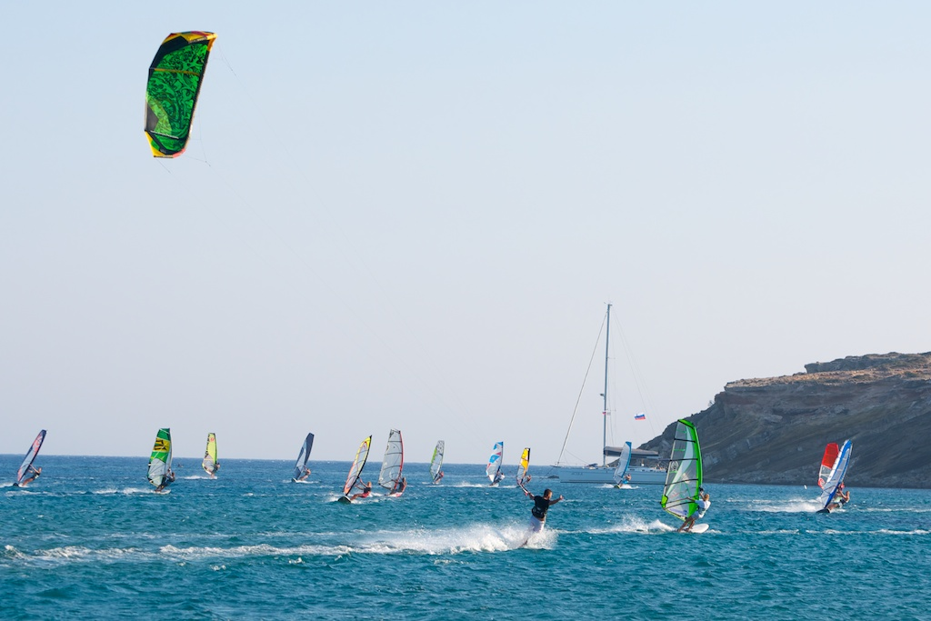 Kiter demoing the EPIC Renegade 9 (4G) and loving it.jpg