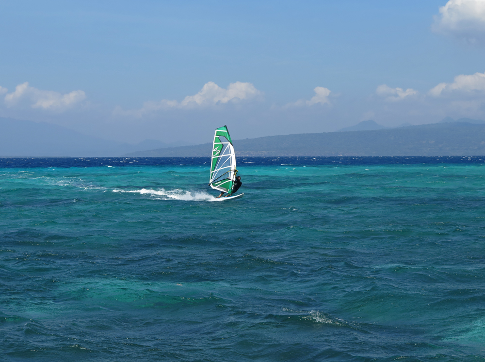 windsurfing at pulau tabuhan.jpg
