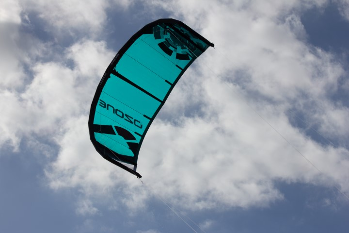 Ozone Enduro V2 We Test Kites.jpg